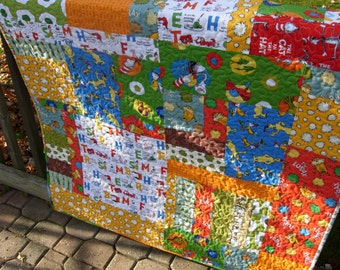 Dr Seuss Lap Quilt,  Toddler Quilt, The Lorax, Sam I Am, Cat In The Hat, Grinch