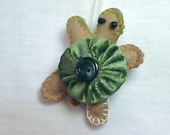 X-Small Felt Turtle Ornament |Handmade |Tree Ornament |Christmas Ornament | Folk Art |Nautical Decor |Party Favor |Yo Yo Ornament | #2