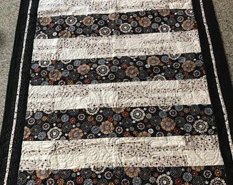"""Modern flowers couch or lap quilt 63"""" x 47""""  free shipping"""