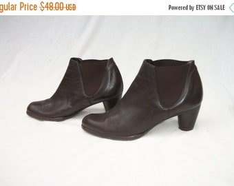 SALE Brown Leather Ankle Boots size 8 Stuart Weitzman Chelsea Boots
