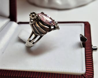Pink Sapphire October Birthstone Promise ring 12mm X 8mm Pink  Marquise Ring Signed 925  Excellent Condition  RING SIZE 6 Vintage