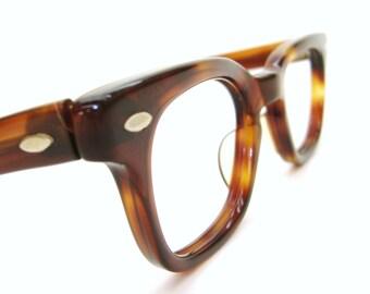Vintage Mens or Womens Tortoise Horn Rim Depp Frames Glasses Eyeglasses NOS 44-24
