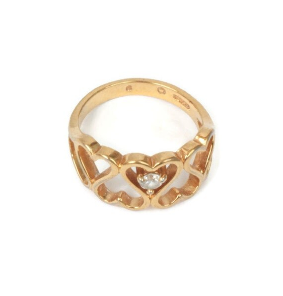 Heart Design Ring  Crystal Accent Gold Tone Size 6  Size M Vintage