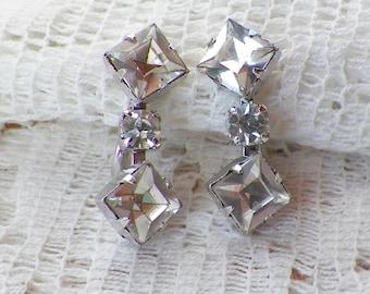 Vintage Dangling Clear Rhinestone Screw Back Earrings, Dangling Square / Round Rhinestones, Silver Tone Metal, Bride, Bridal, Wedding