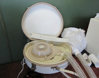 Portable Hair Dryer in Carry Case by General Electric