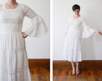 Mexican 1960s/1970s Pin-tuck and Lace White Dress - S