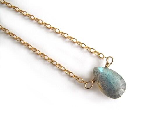 Gold Labradorite Necklace, Labradorite Drop Necklace, Labradorite Gold Necklace, Labradorite Pendant, Dainty Gemstone Layering Necklace