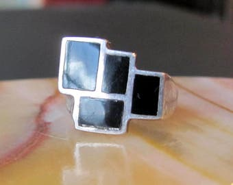 """Antique Vintage Incredible """"Stair Step"""" Design Sterling Silver Black Onyx Size 6 1/2 Ring, Native American Style Ring"""