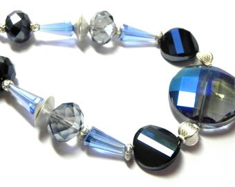 Dark blue, light blue and black glass beads Necklace - Crystals