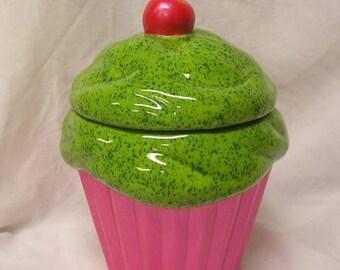Kiwi Glazed Passion Fruit Cupcake Jar