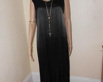 Long Black Sleeveless Straight Satin Dress - Size M/L