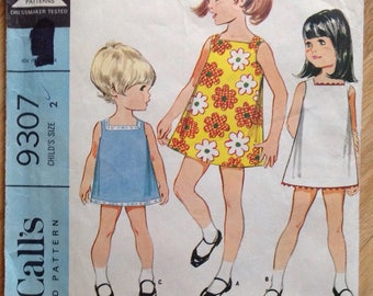 Vintage McCall's 9307 Dress • girls size 2