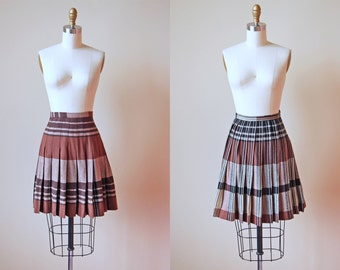 50s Skirt - Vintage 1950s Turnabout Reversible Brown to Black Plaid Wool Pleated Skirt L - Cocoa Nellie Skirt