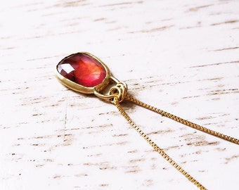 14k Gold Necklace / 14k Gold Sapphire Necklace / Sapphire  Charm / Gold Sapphire Pendant / Minimalist Gold Jewelry /