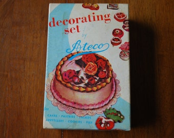 Vinage Cake Decorating Set Ateco   #701   1950u0027s   Midcentury   Kitsch