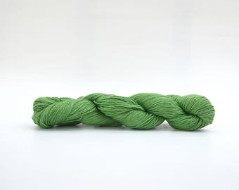 Green Linen Yarn Sport Weight Yarn