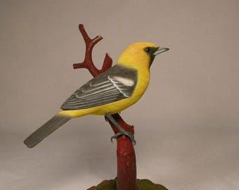 Hooded Oriole on branch Wooden carved Bird