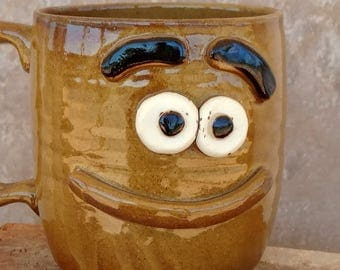 Puzzled Coffee Cup. Funny Smiley Face Mug in Warm Golden Honey Caramel. Confused Morning Tea Mug. 12-14 Ounces.