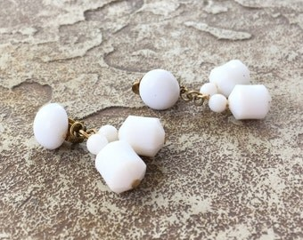 White Clip Earrings, White Dangle Earrings Vintage Chunky Earrings, White and Gold Clip On Earrings, Chunky White Earrings Hong Kong Jewelry