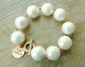 Chunky 16mm Shell Pearl Classic Bracelet