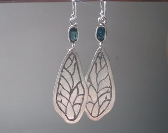 Sterling silver dragonfly wing earrings blue sapphire engraved fine jewelry boutique nature motif insect bug flying artisan unique gemstone