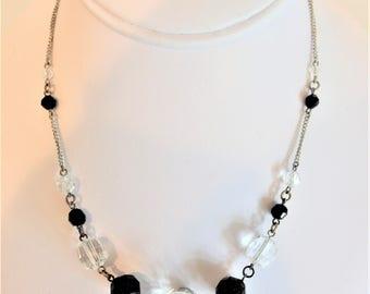 Pretty Vintage 1930's Deco Glass Bead Necklace