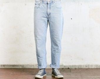 Light Blue 80s Jeans . Vintage Distressed Jeans Straight Leg Denim Jeans Blue Relaxed Fit W33 Men's Pants Jeans Boyfriend Denim