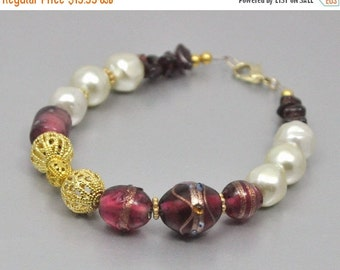 Wine Bead Bracelet - Garnet and Pearl Gold Filigree