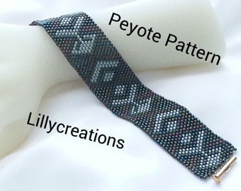Peyote Pattern Bracelet