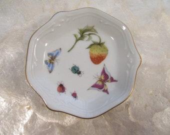 Small  Dish - Strawberry - Butterflies - Ladybugs - Gold Trim - Pin / Ring / Trinket / Display - Vintage