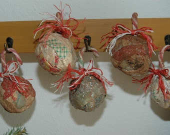 Primitive Christmas Ornaments Antique Grungy Rag Ball Candy Cane Set of 5