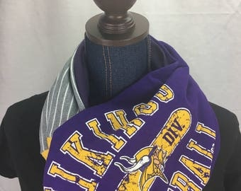 Minnesota Vikings Recycled Upcycled T Shirt Infinity Scarf