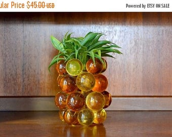 SALE 25% OFF vintage 1970s lucite pineapple