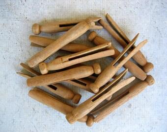 14 Vintage Wooden Clothespins