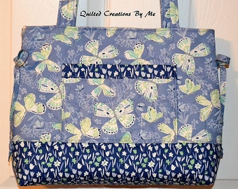NEW, NEW, NEW  Quilted Handbag, Purse, Bag, Tote Bag, Bow  Bag The Andrea Bag Custom Made  by Quilted Creations By Me