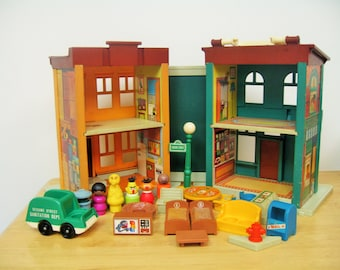 Vintage Fisher Price Sesame Street Townhouse