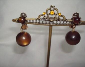 1940s 1950s Brown Moon Glow Luminous Ball Earrings.