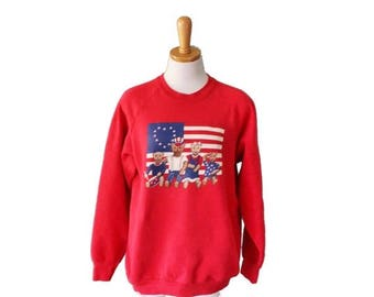 60% off sale // Vintage 80s 4th of July Bear Sweatshirt - American Flag, patriotism, Independence Day - Women L Men M