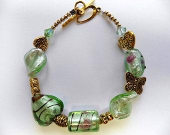 Green Glass Beaded Bracelet Green Beaded Bracelet Green Glass Bracelet Mint Green Beaded Bracelet Mint Green Glass Bracelet Heart Bracelet