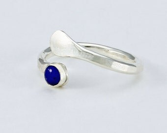 Size 6 1/2 Ring Handcrafted Sterling Silver and Lapis Lazuli Natural Stone Contemporary Wrap Style Artisan Design Jewelry 2748644212716