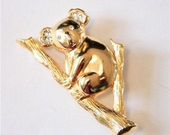 Vintage koala brooch. Goldplated koala