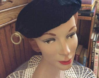 Vintage 1930s Hat Black Ruched Velvet Small Attached Celluloid Hat Pin Beret Tam Style Hat