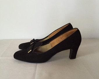 30% OFF SALE... SALE...1940s black suede heels | vintage winged 40s heels | 7.5