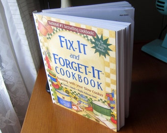 Fix-It and Forget-It Cookbook - Feasting With Your Slow Cooker by Dawn J. Ranck and Phyllis Pellman Good