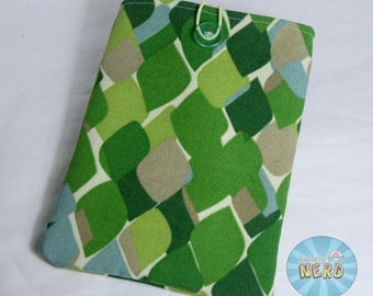"Green Leaves Kindle Fire Case - Button Closure, Fits Most 7"" Tablets"