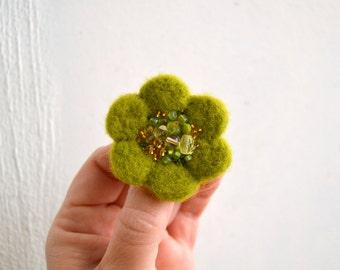 Little Needle Felted Brooch Light Green Wool Felt Flower,Small Felt Flower Pin,Little Brooch,Felted Flower,Corsage Brooch,Woolen Brooch
