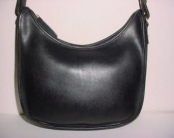 Sale  Vintage Coach Black Leather Hobo Shoulder bag .
