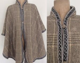 1970's Grey Plaid Cape Poncho w/ Crochet Trim Size All by Maeberry Vintage
