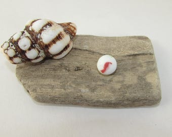Genuine BEACH GLASS MARBLE White with Red Cats Eye Swirl Surf Tumbled Beach Find Vintage Glass Marble Mermaid Tear Jewelry Craft Supply