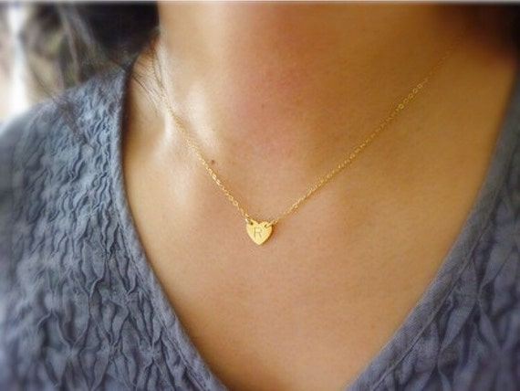 Tiny Heart Initial Necklace,Gold Heart Necklace,Personalized Heart Charm Necklace,Tiny Gold Heart Necklace,Tiny Initial Necklace,Momentusny